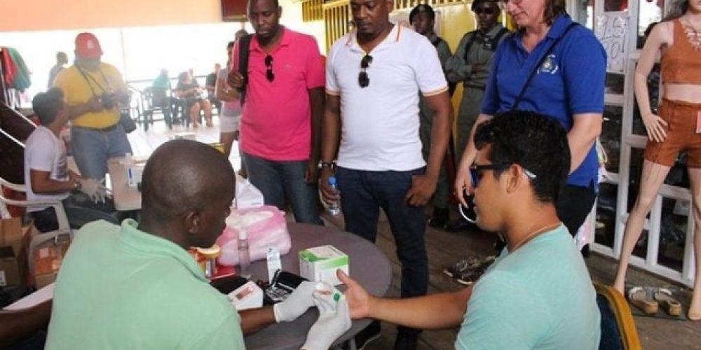 """Health Awareness Week"" at Benzdorp for garimpeiros Lawa Tabiki"